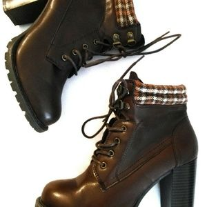 Dolce Mojo Moxie Brown Block Heel Boots Oxfords Pl